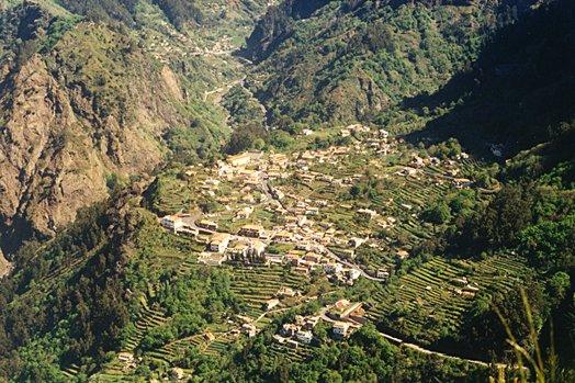 Madeira 2000 25